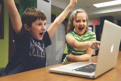 Ferie - Amazon STEM Kindloteka i Stowarzyszenie Cyfrowy Dialog